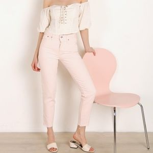Levi's | NWT Wedgie Icon Fit Jean Creole Pink 28